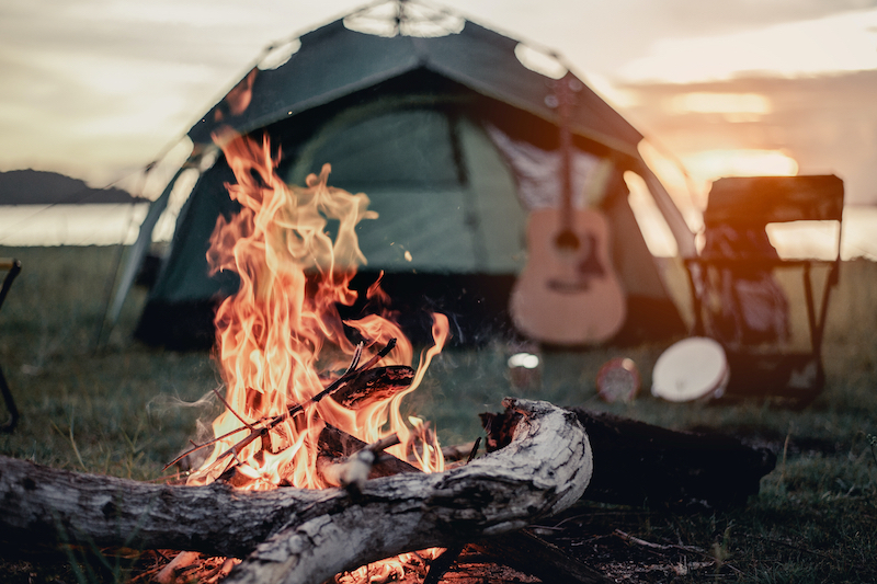 fall-camping-mosquito-control